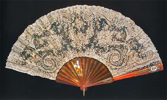 Faberge Lace Fan